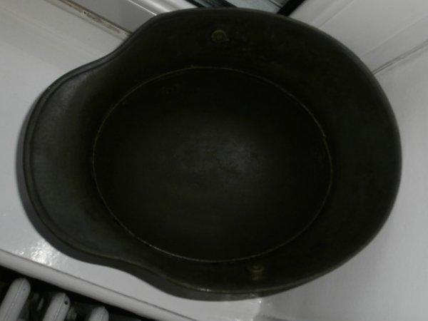 casque allemand a boulons stalhelm modele 1916