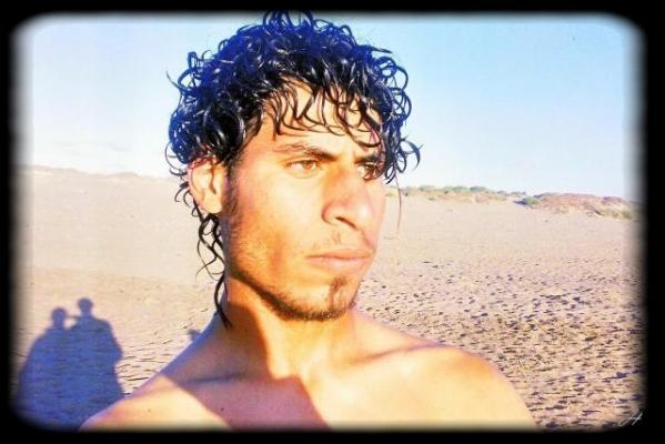 En Mode 3ariyan :D hihihi J'dec