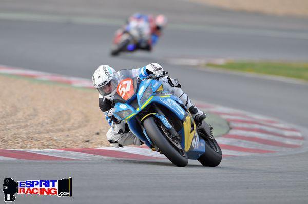 KEVIN   au Bol d'or 2012 . via  DL moto racing 57 by Kouz-1  (  VIDEO)
