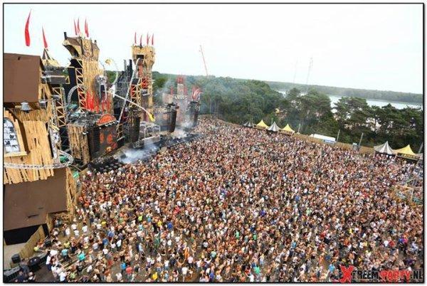 festival dominator