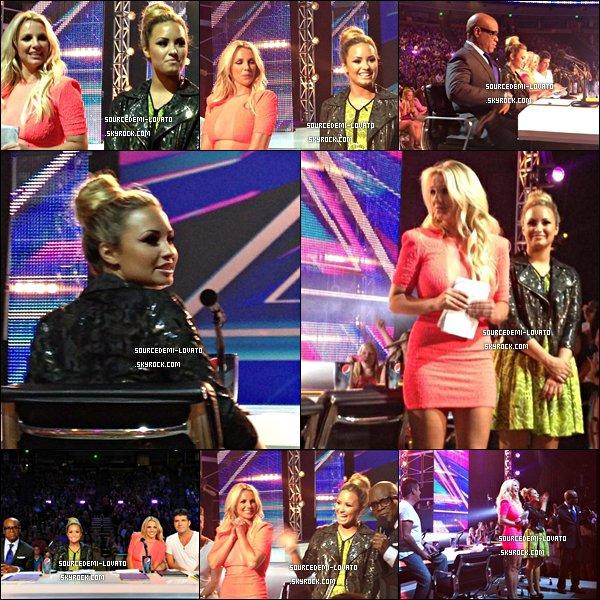 . Le 24/05/12/. Demi était, au Texas, à Austin pour le première audition de X-Factor(+ Images sur le plateau).