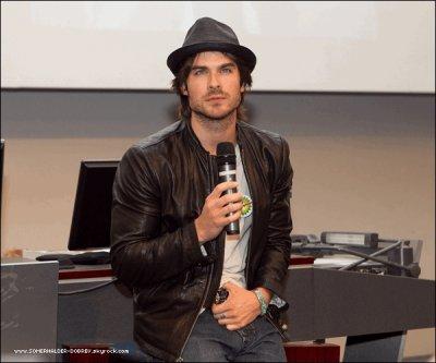 4.07.10 -Ian à la conférence de The Vampire Diaries à Melbourne