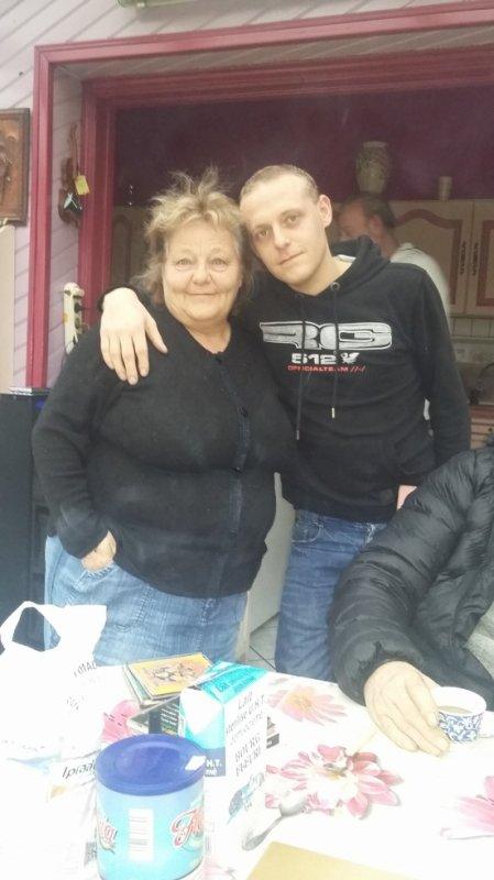 mamie et son garçon