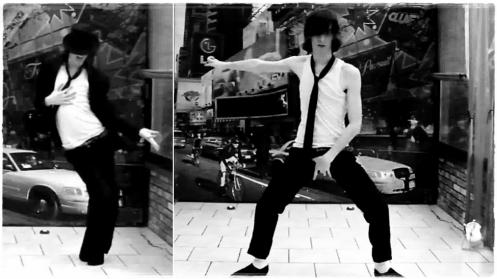 • Parce-que lorsque retentit sa musique c'est comme si ce n'était plus moi...