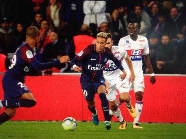 Maillot NEYMAR. Championnat. PSG/Lyon. Saison 2017/2018.