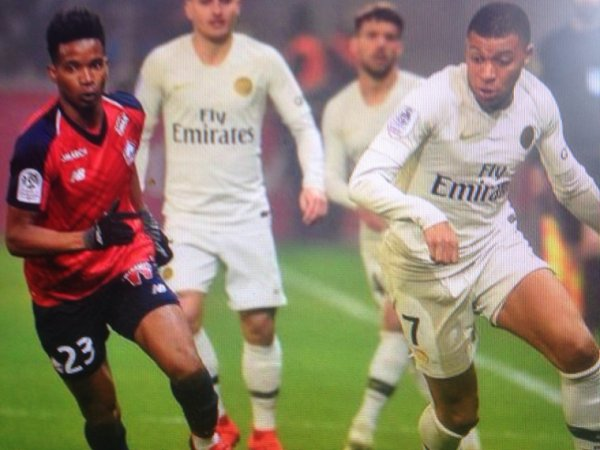 Maillot MBAPPE. Championnat. Lille/PSG. Saison 2018/2019