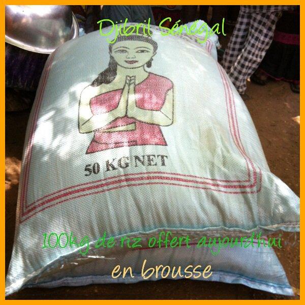 100kg de riz offert aujourd'hui en brousse. Un grand moment de bonheur