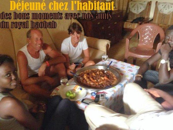 Avec nos amis du royal baobab somone,Journée combinée Ile aux coquillages et le retour des pécheurs.