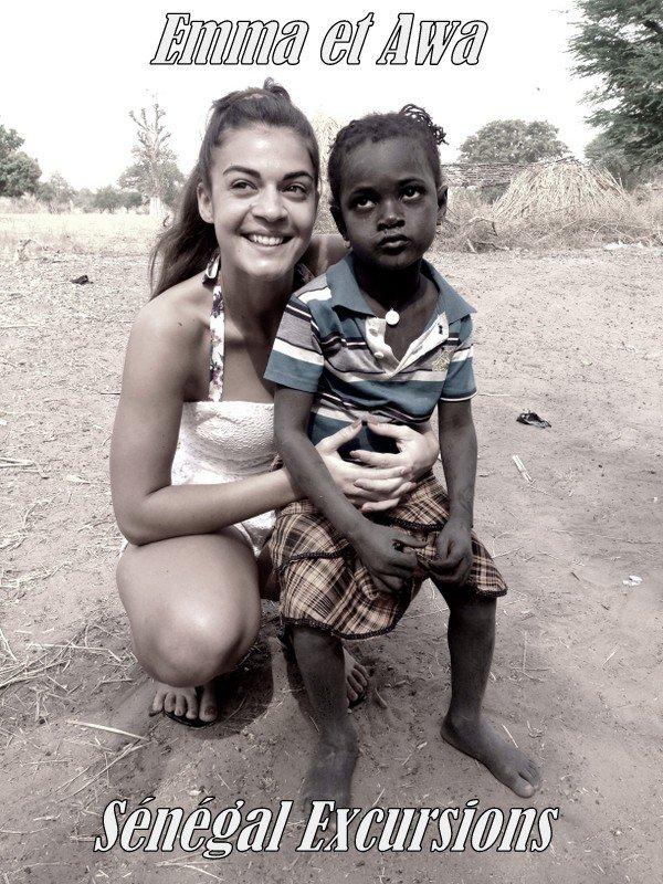 Une journée brousse et village, nous avons offert une valise , un sac de riz de 50kg et plus de 40 maillots de foot et des habits  Merci a nos amis pour ce beau et un grand Merci aussi d'avoir eu cette pensée pour les enfants sénégalais