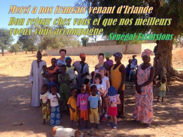 DEMI BROUSSE ET VILLAGE AU DEPART DU ROYAL BAOBAB SOMONE SENEGAL