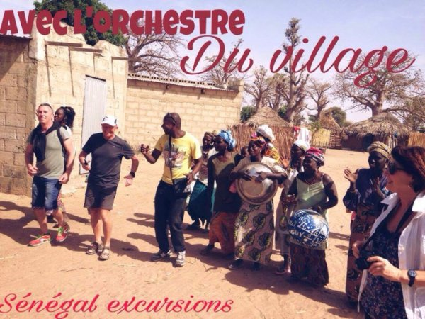 Visite des villages et des écoles loin des car touristique. Un senegal authentique avec Senegal excursions