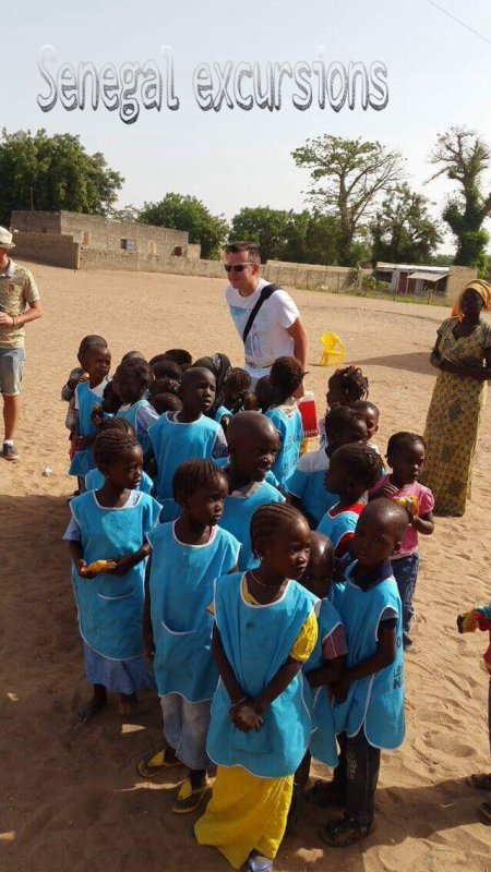 Ils nous ont fait confiance : merci à nos amis du lookea royal baobab à la Somone avec Senegal excursions voyagez en bonne compagnie
