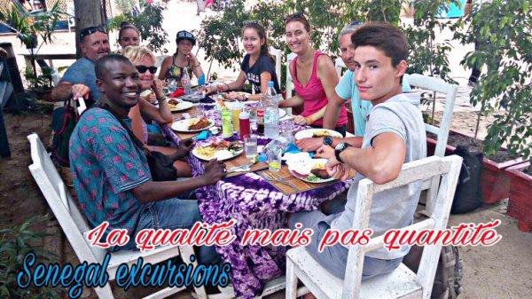Senegal excursions à l'île de Goree,La petite île à la grande histoire, avec nos amis de l'hôtel filaos à saly et du royal baobab