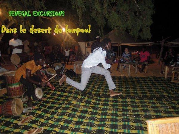 Au départ de la somone et de saly avec nos amis de l'hotel royal baobab et de Lamantin pour une nuit passée dans le désert de lompoul