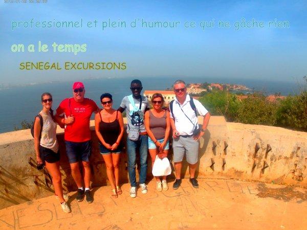 au depart de la somone avec nos amis de l'hôtel royal baobab pour une très belle journée combinée gorée/lac rose. Merci de nous faire confiance et de faire aussi SENEGAL EXCURSIONS une entreprise de famille