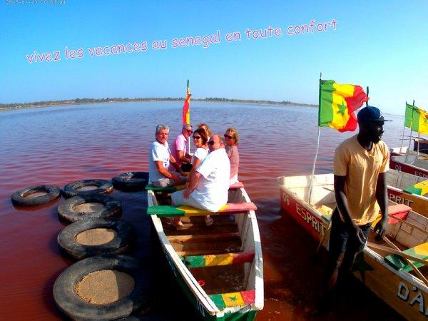 au depart de la somone avec nos amis de l'hôtel royal baobab pour une très belle matinée au lac rose. Merci aux alsaciens de faire SENEGAL EXCURSIONS une entreprise de famille