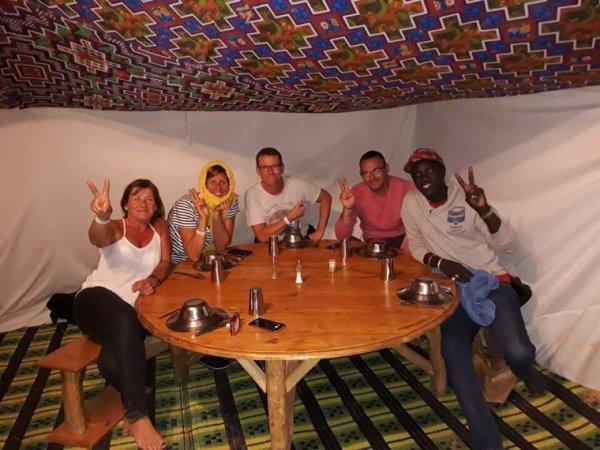 Une belle excursion à st Louis et au désert de LOMPOUL magnifique moment avec nos amis de l'hôtel royal baobab jet tours.