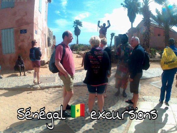 L'île de Gorée et la rose une belle excursion au départ de la Somone jet tours Royal baobab