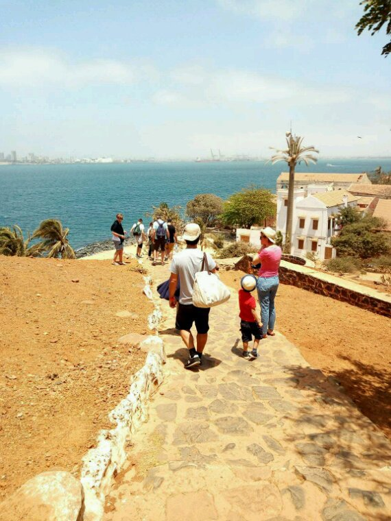 Vivez les meilleurs excursions en famille au Sénégal.