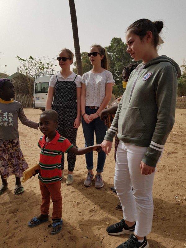 Une belle journée solidaire avec nos amis de l'hôtel Royam. Le Sénégal en famille
