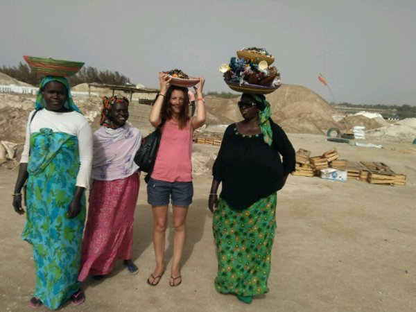 Une belle mâtiné au lac rose avec Djibril et Moussa et nos amis du royal baobab. Voyagez en bonne compagnie au Sénégal.