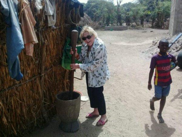Une belle découverte des ethnies bambara dans la brousse et langue de barbarie a St louis accompagné modou ou mot doux. Voyagez en bonne compagnie avec Sénégal Excursions