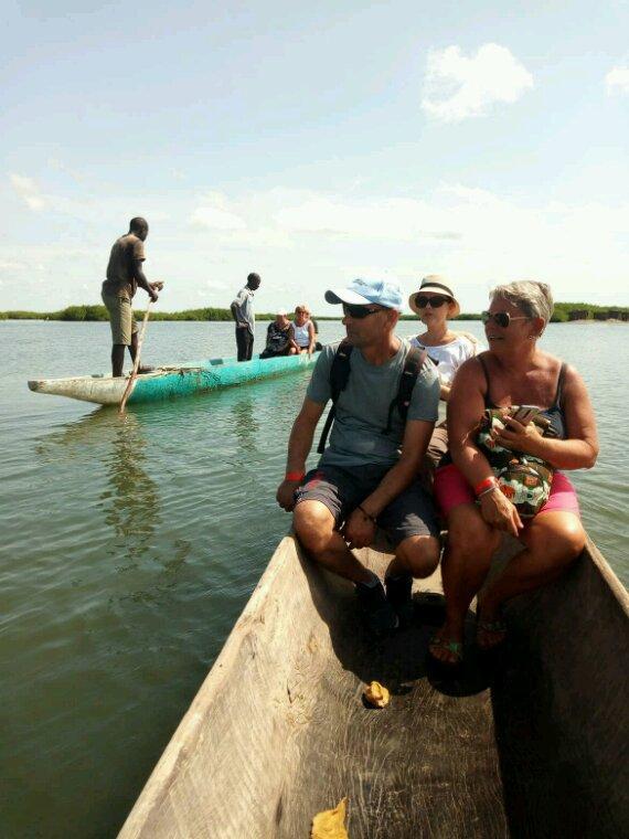 Très belle matinée a joal fadiouth île aux coquillages avec  nos sympatiques amis du royal baobab qui nous ont fait confiance pour decouvrir le Sénégal dans la convivialité.