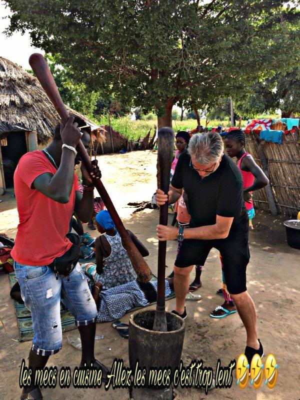 Un grand merci à nos à amis du royal baobab. Une belle découverte de la brousse et des  villages au départ de la Somone