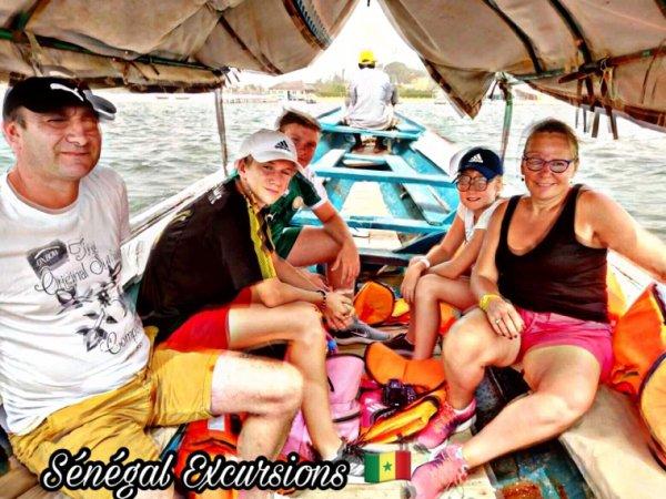 Au départ du Royal baobab une belle journée en famille dans le sine et saloum. Merci à nos amis une journée de partage inoubliable