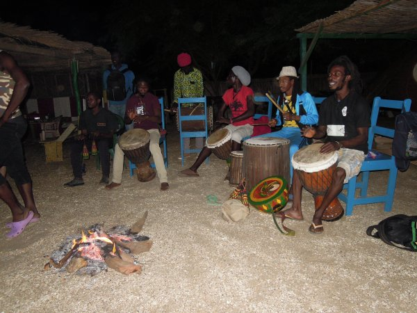 Une belle soirée langouste organisées par Sénégal Excursions ,des moments inoubliables