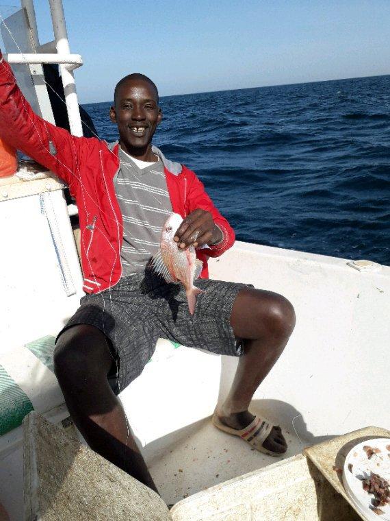 Matinée pêche avec Sénégal Excursions. Des moments inoubliables avec notre ami GG du Nord de la France