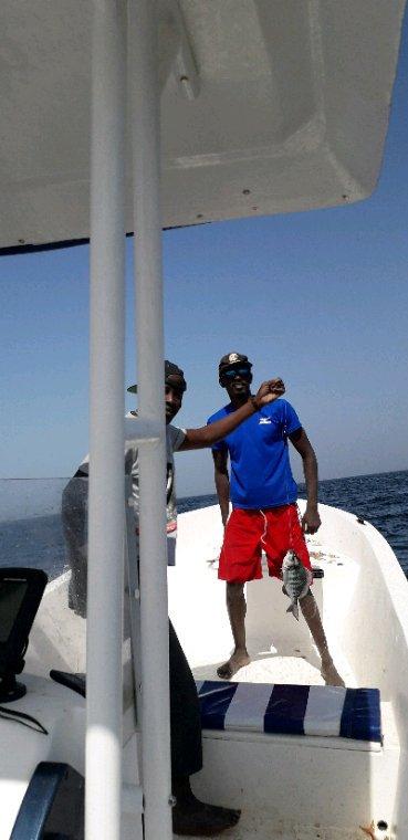 Balade et pêche en Mer. Vivez les meilleurs vacances avec Sénégal Excursions.