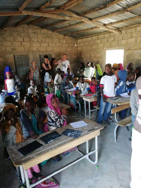 Une belle découverte du Sénégal au coeur des villages de brousse et moins de tourisme de masse.Senegal pour une visite d'un Sénégal authentique.merci à nos amis du Royal baobab et de la résidence les cristallines de saly.