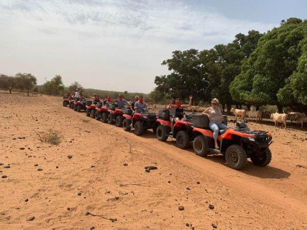 Sénégal Excursions vovez des moments unique entre amis, Merci a nos amis belge de nous avoir fait confiance pour visiter notre chére et bon pays de la téranga