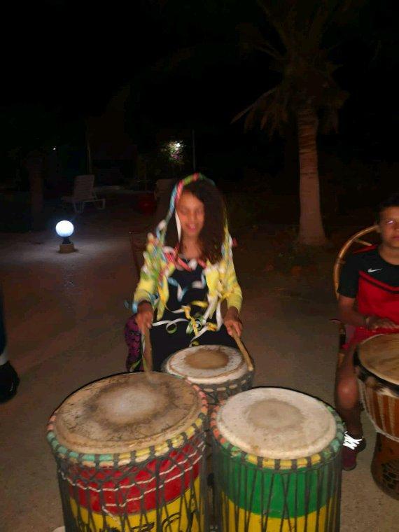 Magnifique belle soirée avec nos amis belge au son du djembe et de la teranga Sénégalaise.Senegal excursions c'est  la qualité des excursions au Sénégal