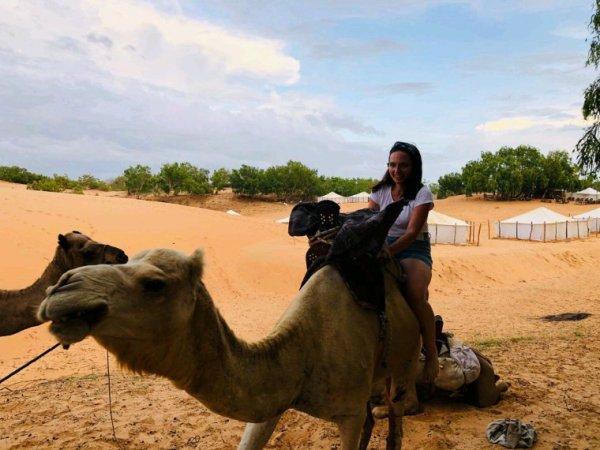 Merci les filles pour votre confiance. Une belle découverte du désert de lompoul entre copine  et vivez les meilleurs des excursionsau Sénégal.