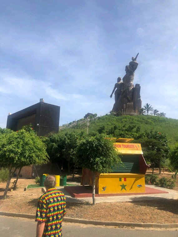 Une belle de la ville de Dakar avec nos amis de la résidence Nianing