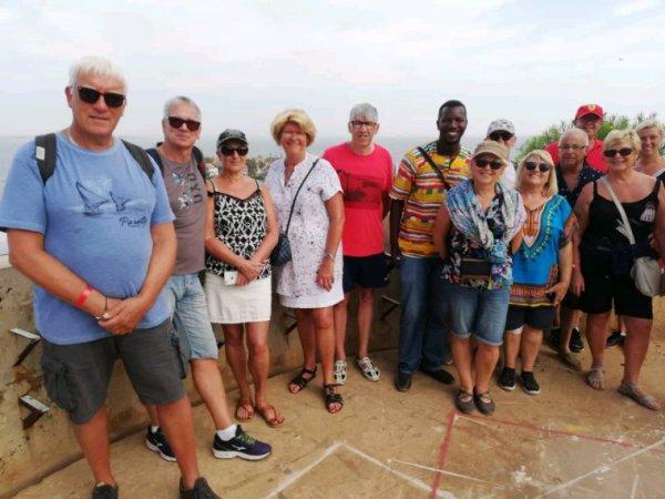 Des excursions en groupe d'amis au depart du l'hôtel kapa  Royal baobab  merci pour votre confiance à nos amis du nord de la france