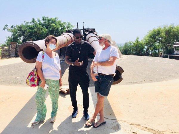 Belle journée sur l'île de Goree avec nos amis du royal baobab à la Somone Merci pour votre confiance