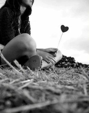 * « Tu es mon bonheur, celle qui fait briller mon coeur.» * Web..*