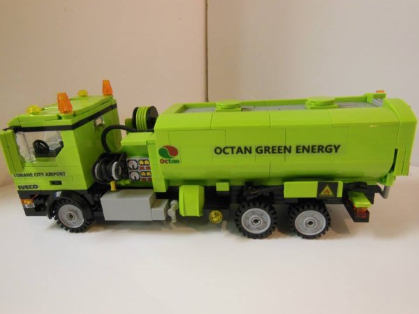 Camion Citerne Lego