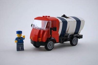 Vieux Camion Citerne Lego