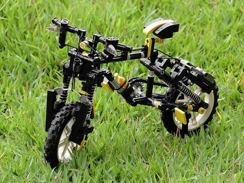 Vélo Cross Lego