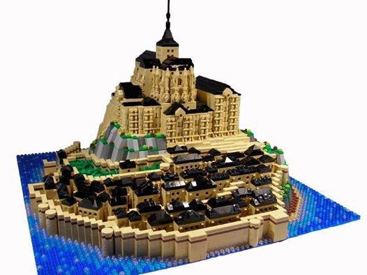 Mont Saint Michel Lego
