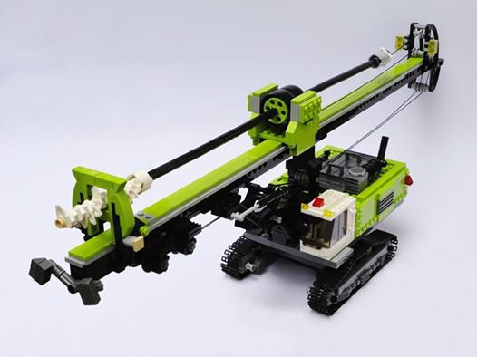 Faureuse Lego