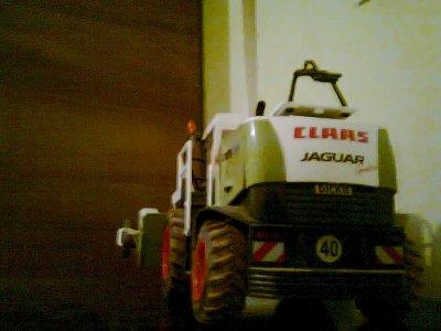 MINIATURE ! mon ansileuse claas jaguar 900 vek la coupe pour l'ensilage d'herbe