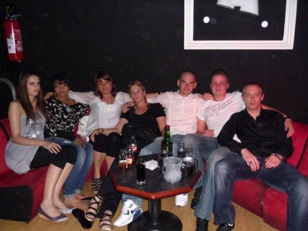 Grosse grosse soirée a L'Apple Club samedi soir c'était terrible...