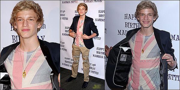 31/07/11 ♦ Cody Simpson et Alli Simpson était au 13e anniversaire de leur amie d'enfance Madison Pettis , il y avait aussi Ashley Argota ,Tiffany Espensen et d'autres.