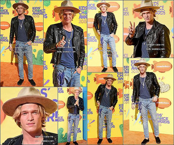 28/03/15 ♦ Cody Simpson était aux Kids Choice Awards comme chaque année à Los Angeles.