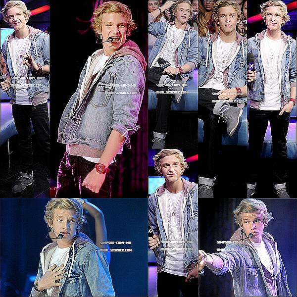 12/12/11 ♦ Cody Simpson était sur le plateau de New.Music.Live à Toronto.